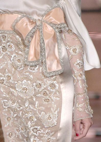 valentino: Lace, Fashion Clothing, Fashion Details, Style, Gowns, Pink Bows, Peaches, Floral Dresses, Haute Couture