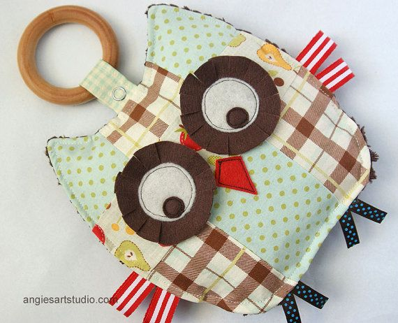 Stanley the Patchwork Owl Crinkle Toy comes with by angiebabygifts, $25.00