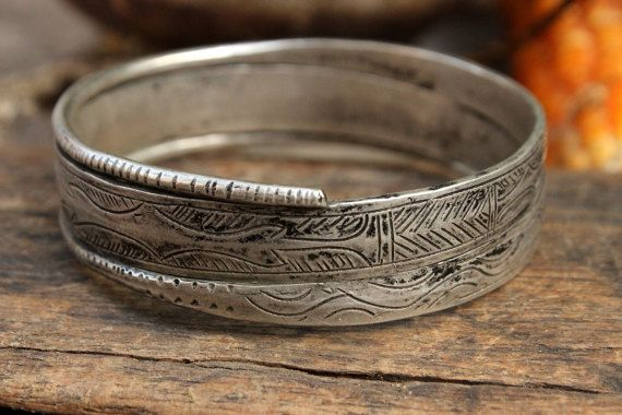 Vintage Hmong Silver Bangle Bracelet Unique Old Genuine Hill