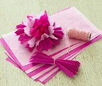 Smukke blomster til pynt, lav dem selv af silkepapir