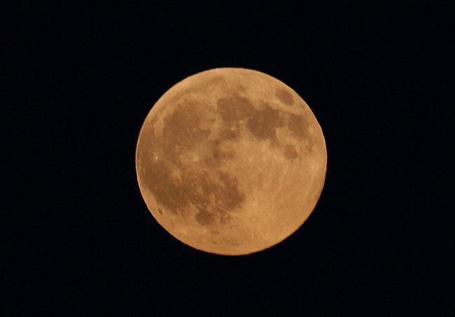 FELIZ LUNA DE GUSANO, LA PRIMER LUNA LLENA DEL EQUINOCCIO PRIMAVERAL http://www.mutilador.com/2013/03/feliz-luna-de-gusano-la-primer-luna.html