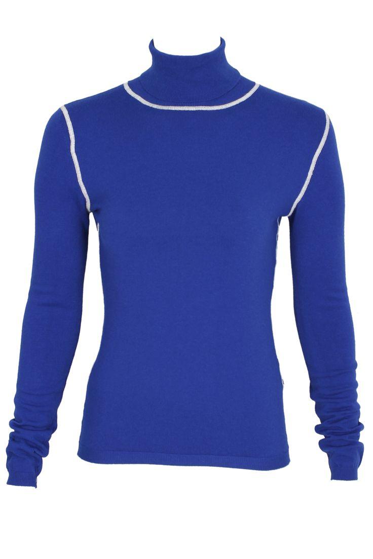#pianurastudio #pianura #greenbird #marinamall #abudhabi #abudhabifashion #abudhabistyle #dubai #dubaifashion #dubaistyle #fashionista #womenswear #eveningwear #casualwear #fall2013 #winter2014 #turtleneck #blue #blueturtleneck #seam