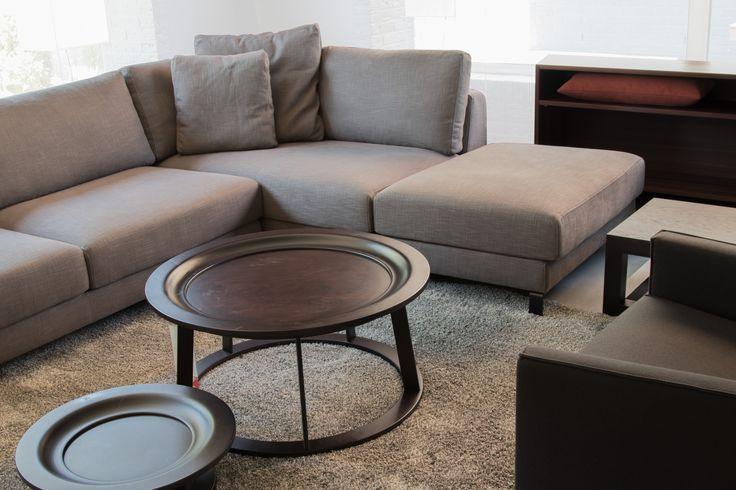 De #Linteloo Obi #salontafel is een speels #design dat is geïnspireerd op een Balinees Offeraltaar. De designer van het meubel heeft dit ontwerp bedacht toen hij op Bali werkte. De traditie is gebotst met het moderne, en heeft een fusie ondergaan die tot dit prachtige product heeft geleid. #GilsingWonen #interieur #wooninspiratie
