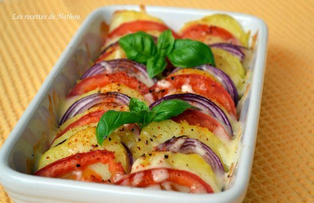 Recette - Tian de pommes de terre, tomates et oignons rouges à la mozzarella | Notée 4/5