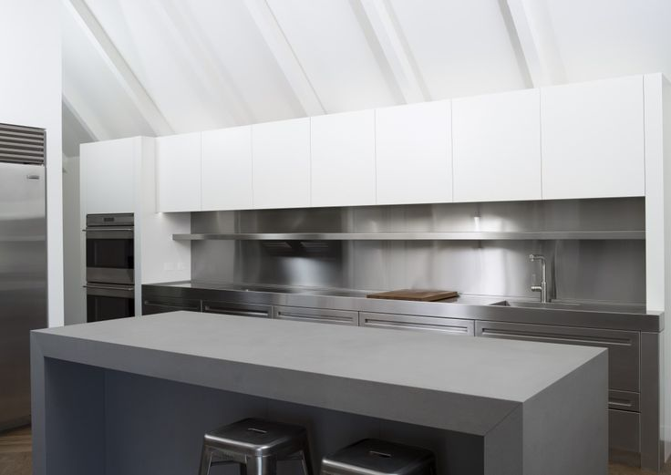 Ohiti, Stainless Steel Kitchen by quattro: :uno » Archipro