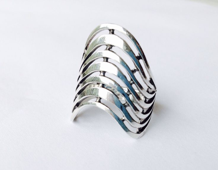 Statement wave ring my Etsy shop https://www.etsy.com/listing/497854635/statement-wave-ring-silver-filigree-ring. #shieldring #silverring #wavering #middlefinger #statement