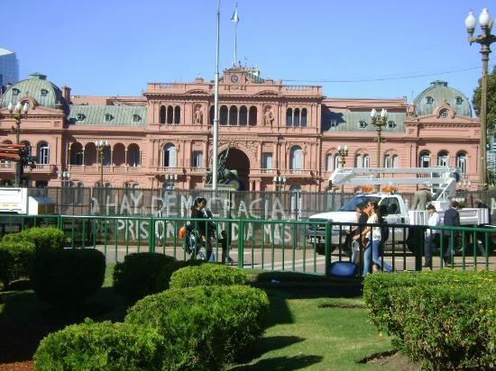 Casa Rosada - government building