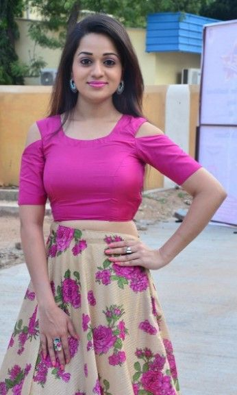 Telugu heroine Reshma Rathore latest hot stills in pink dress, Reshma Rathore latest spicy photos in Indian Entertainment League pressmeets,...