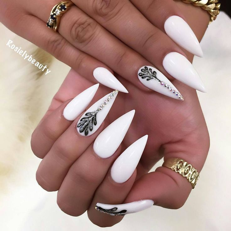 "4,896 Likes, 5 Comments - Ugly Duckling Nails Inc. (@uglyducklingnails) on Instagram: ""Pretty nails by @nailsbyly ✨Ugly Duckling Nails page is dedicated to promoting quality,…"""