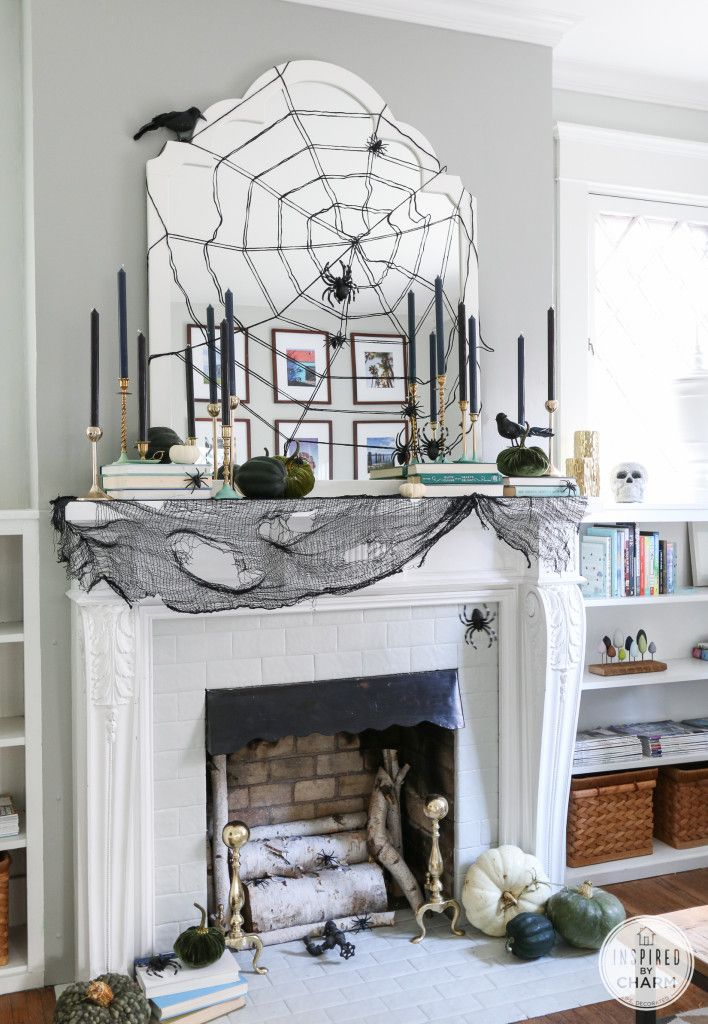 Beautiful Homes Decorated for Halloween