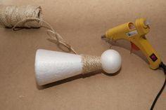 Nos hemos quedado sin palabras al ver este original y creativo Nacimiento, para el que han empleado cuerda y tela de arpillera. ¡Toma nota!