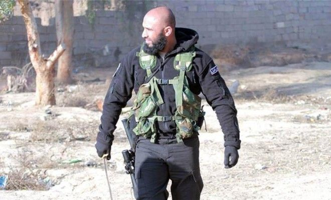 Abu Azrael a.k.a. The Angel Of Death – Hero Who Has 1500  Confirmed Kills Against ISIS