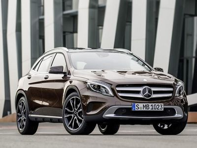 Mercedes GLA Crossover production version breaks cover...