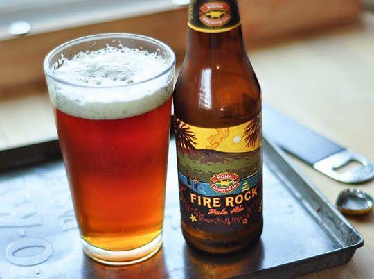 """IN BOTTIGLIA: Fire Rock Pale Ale Tipologia birra: PALE ALE Gradazione alcolica: 6% Tipo di fermentazione Birra: Fermentazione Alta Colore: Ambrato Gusto: Una """"Hawaiian-style"""" pale ale frizzante e rinfrescante con una miscela unica di malti tostati che ne connotano anche il colore ambrato. Temperatura di servizio: 8-9°C Formati: bottiglia 35,5 cl #beer #birreinbottiglia #firerocks"""