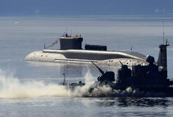 Russian submarine torpedo DUEL: Putin's terrifying nuclear vessels in underwater BATTLE - https://newsexplored.co.uk/russian-submarine-torpedo-duel-putins-terrifying-nuclear-vessels-in-underwater-battle/
