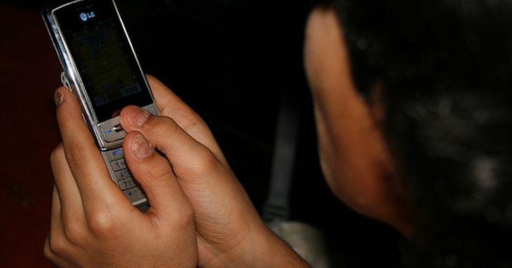 Cómo restaurar un teléfono celular LG. Restaurar tu celular LG es una gran manera de prepararlo para la venta, arreglar cualquier problema causado por las actualizaciones de software o aplicaciones instaladas, o comenzar con un teléfono nuevo. Deshazte de las cargas de mensajes, listas de contactos o características personalizadas. Con unos simples pasos volverás a tener en la mano el ...