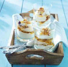 Das Rezept für Griechischer Joghurt mit Honignüssen und weitere kostenlose Rezepte auf LECKER.de