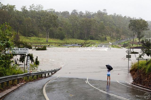 Brisbane floods 2013 - Colleges Crossing Photo: Benicio Murray