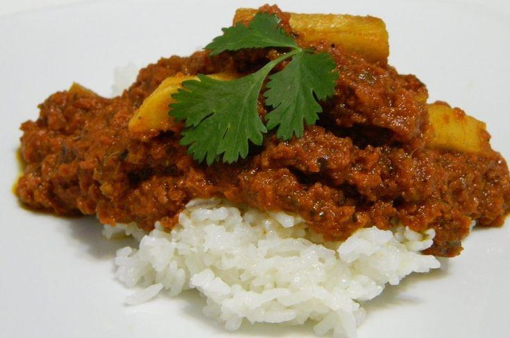 Carne Bif (Corned Beef with Potatoes)