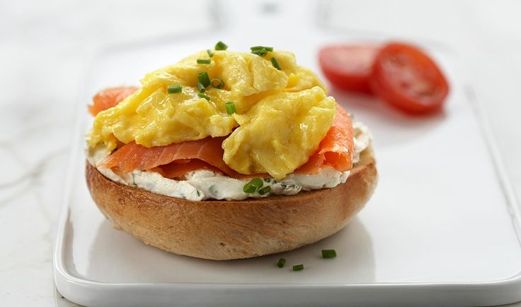 Scrambled Eggs & Lox Breakfast Bagels - Incredible Egg