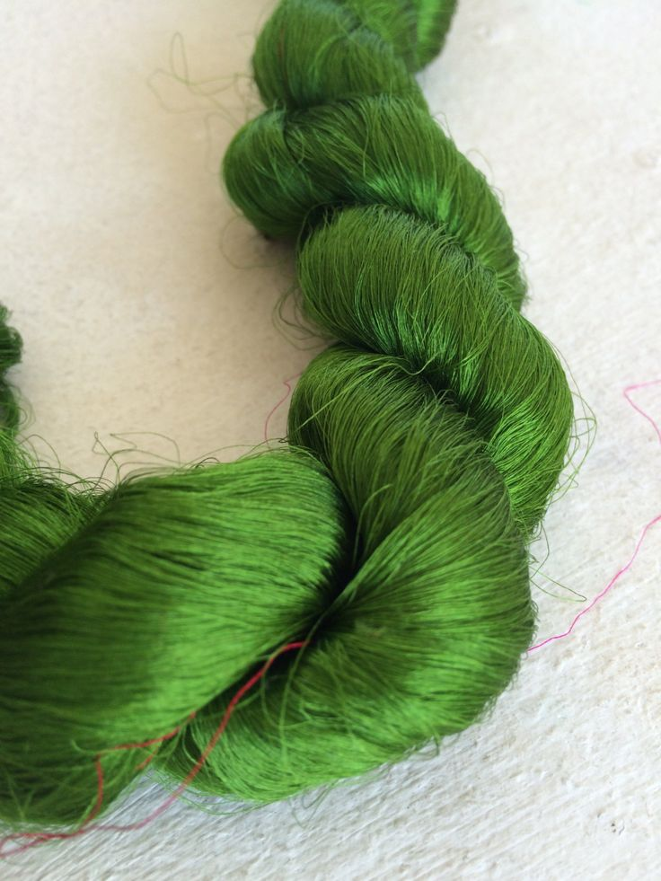 Thrum silk fibers. High quality still with woven sari silk fabric attached. 2.6oz. Lovely for spinning, embroidery and textile arts. by Yarnyarnyarns on Etsy