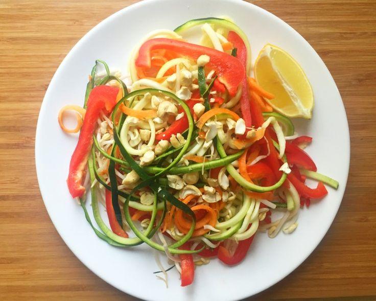 Pad Thai salade met taugé en cashews
