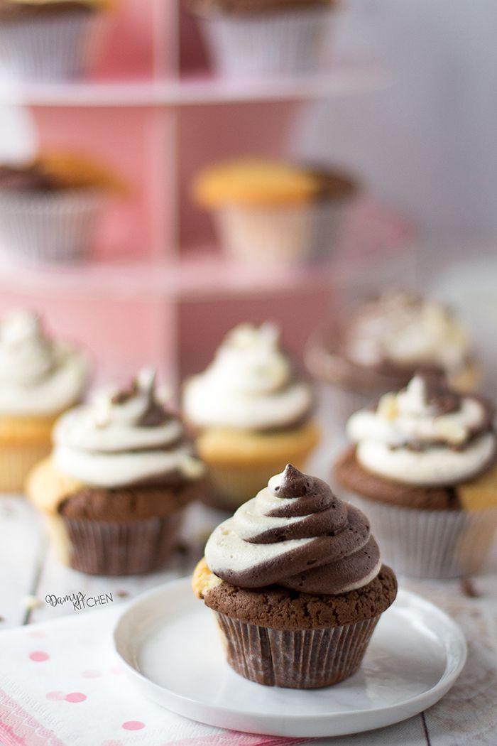 Son zamanların en muhteşem cupcake'leri çıktı fırınımdan bugün! Yumuşacık dokusu, çikolatanın vanilyayla dansı, lezzet harmonisi ile bambaşk...