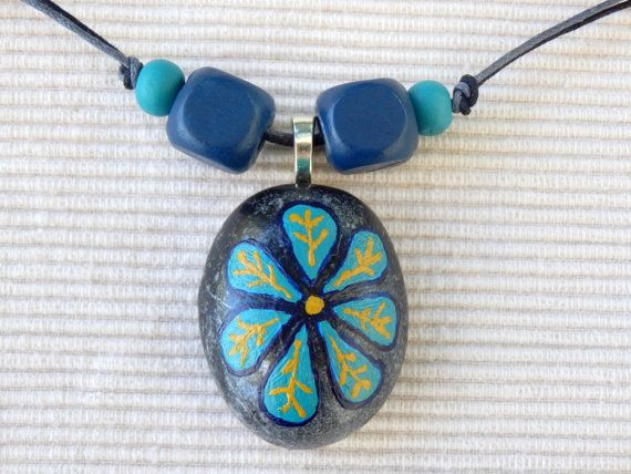 Handpainted+beach+pebble+pendant+blue+flower+by+Psifides+on+Etsy,+€10.00