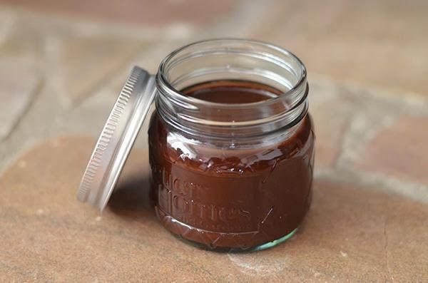 Whole Food Mom on a Budget: Sugar-Free Chocolate Syrup
