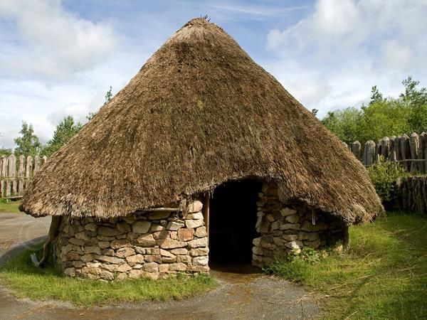 The Celts constructed and lived in round huts with thatched roofs ...