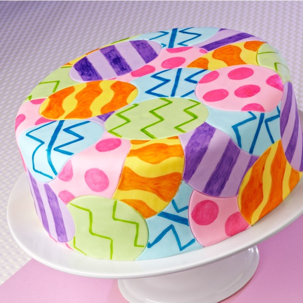 Everyone will be the Easter egg hunt winner when they see this colorful fondant inlay cake design! Use the Hoppy Easter Cutter Set to cut the eggs and draw the egg-citing designs with FoodWriter™ edible color markers.