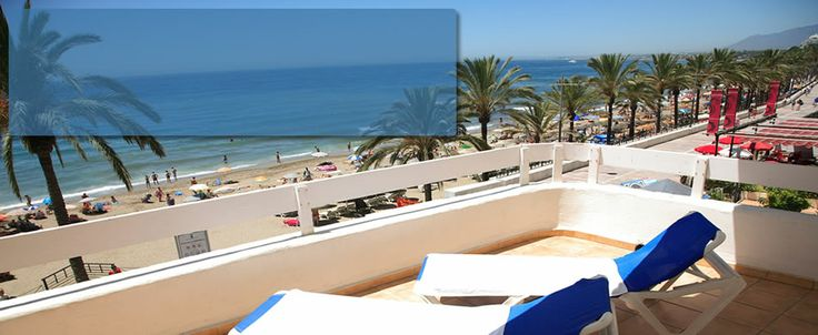 Aparthotel Puerto Azul (Marbella) ---- Definitely not 5*, but afforable, cheerful and in perfect beachside location