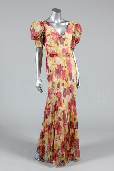Garden party dress, 1930-35 Bust is 86-92cm/34-36in, about a size 8-12 UK/4-8 US. Click to go to the absentee bidding page.  This Kerry Tayl...