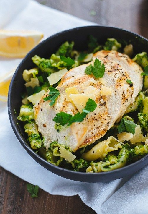 Clean eating for the whole family..... Lemon Pesto Pasta With Grilled Chicken