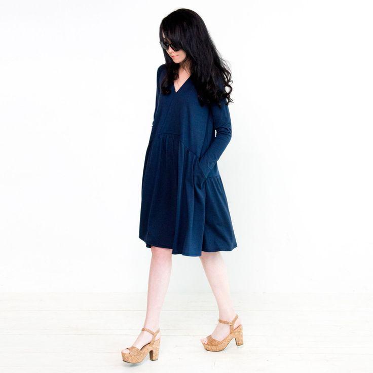 Платье-трапеция синее