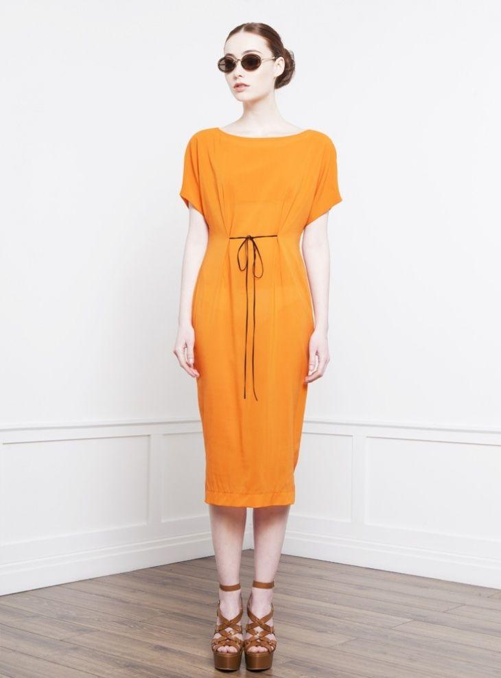 Приталить широкое платье / Изменение размера / ВТОРАЯ УЛИЦА