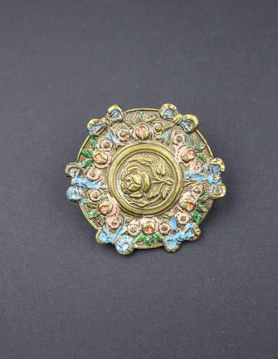 Check out this item in my Etsy shop #shabbychic #etsy https://www.etsy.com/ca/listing/560795217/vintage-metal-belt-buckle-roses-floral