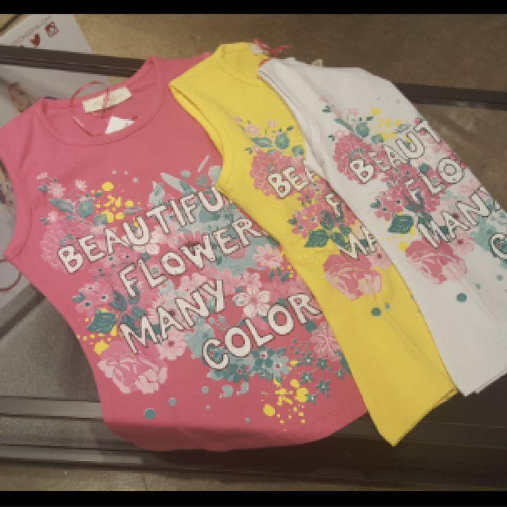 canotta con strass Coconudina  Canotte in cotone con stampa floreale e strass, disponibile nei colori: bianca, gialla e fucsia   Disponibile taglia da 8 a 16 anni.  Prenotando qui avrai la possibilità di usufruire di uno sconto del 45% qui https://cittaweb.it/lusilu/in-vetrina/22976506-leggins-bambina.html e paghi al ritiro in #negozio #Lusilu di @ekka_lusi a #laspezia #cinqueterre #portovenere #liguria o #shoppingonline con spedizioni ovunque  #cittaweb favorisce i negozi di vicinato…