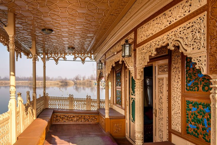 Luxury Houseboats in Kashmir offer a lot of Fun and Unique Vacation.................... http://www.naazkashmir.com/blog/luxury-houseboats-in-kashmir-offer-a-lot-of-fun-and-unique-vacation/