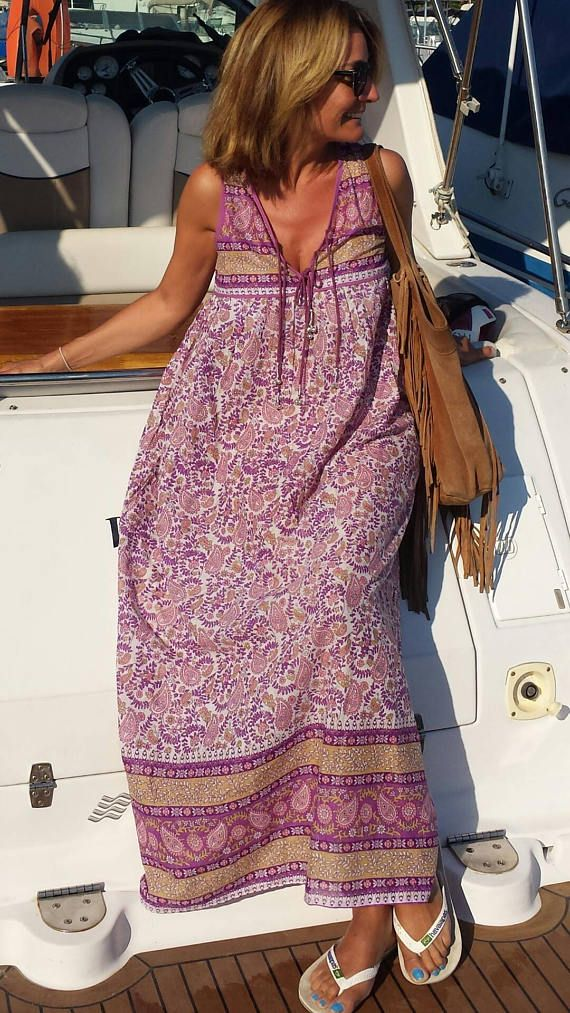 Retrouvez cet article dans ma boutique Etsy https://www.etsy.com/fr/listing/522422918/magnifique-robe-voile-de-coton-indien