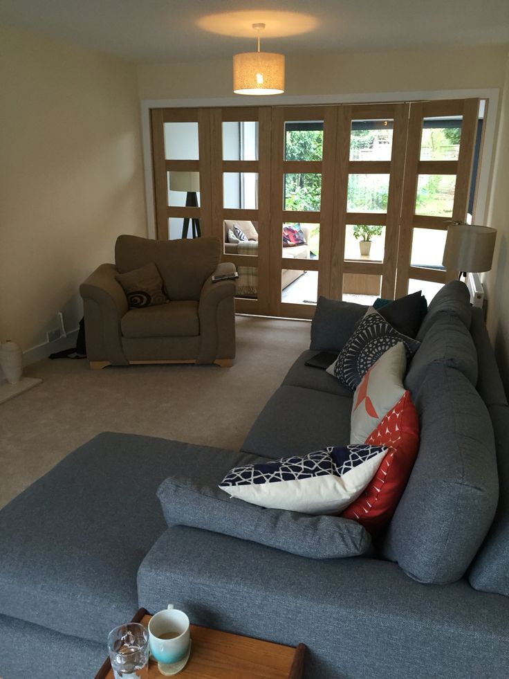 Internal bifold doors to the back of the lounge.