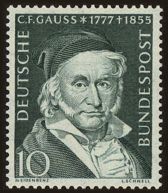 ドイツ - 1955  Sc.725 ヨハン・カール・フリードリヒ・ガウス(1777年4月30日1855年2月23日)は、数論、代数、統計、分析、微分幾何学、測地学、地球物理学、力学、静電気を含め、多くの分野に大きく貢献ドイツの数学者でした、天文学、行列理論、および光学系。ガウスは、数学と科学の多くの分野で卓越した影響力を持っていたし、歴史で最も影響力のある数学者の一つとしてランクされている(レオン・シュネルによって刻まれたスタンプ)