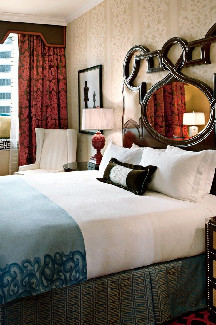 Monaco Chicago King Deluxe Rooms Are 332 Square Feet With Bay Windows Looking Out Over The City