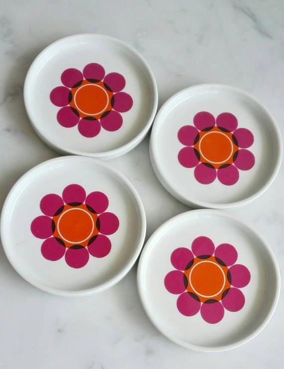 Mira este artículo en mi tienda de Etsy: https://www.etsy.com/es/listing/526106438/seltmann-weiden-porcelain-coasters-or