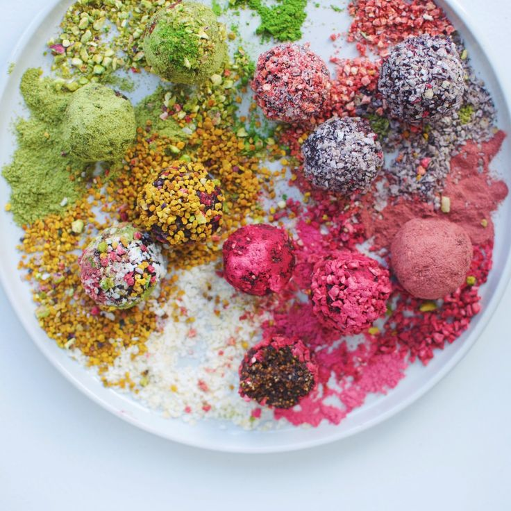 Rainbow bliss balls with dried figs and coconut – just 4 ingredients!