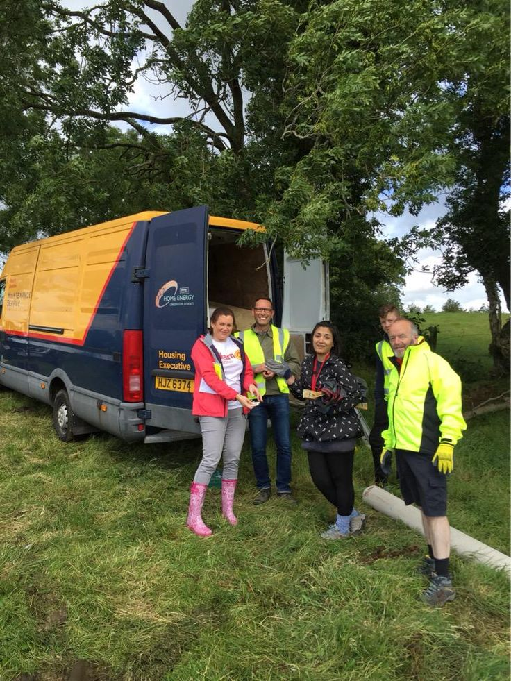 The @nihecommunity @HelmHousing teams arrived unloading recycled materials for @habitatni Shack Attack