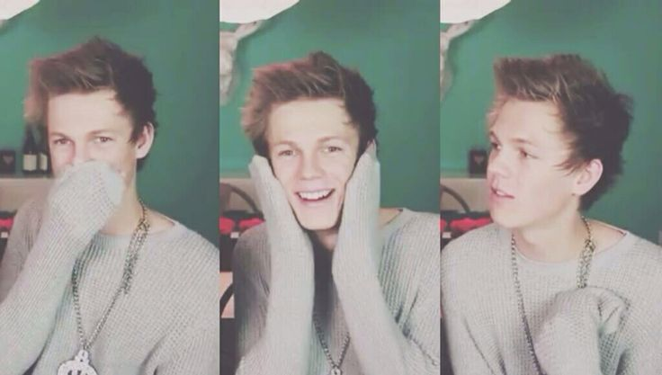 ❤ Caspar being adorable with sweater paws is the death of me. ❤