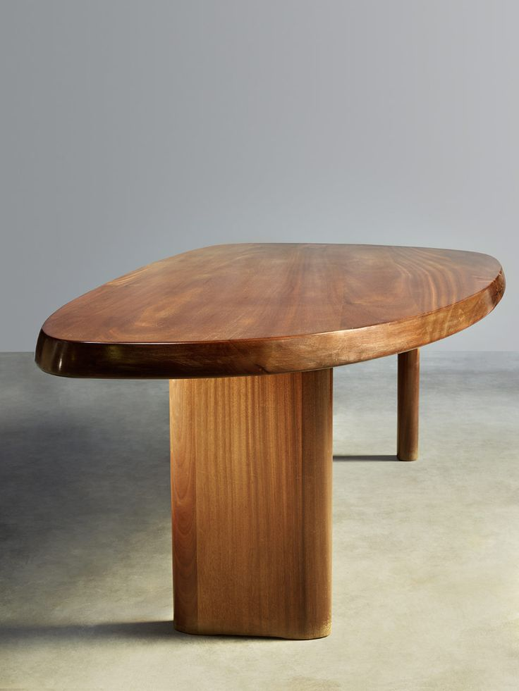Charlotte Perriand : Table Forme Libre