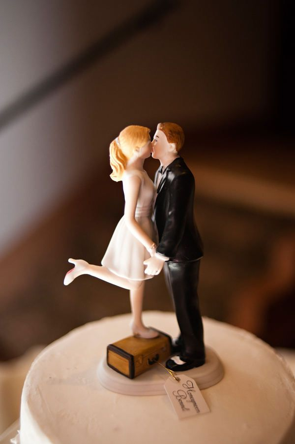 perfect cake topper for the short bride. would have to be me...