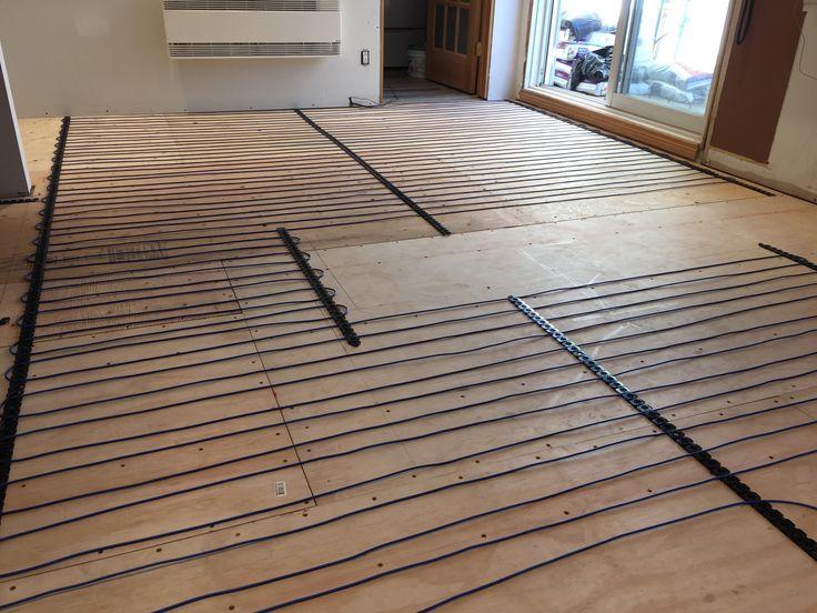 retrait ancien plancher et installation plancher chauffant autonivelant c ramique mes. Black Bedroom Furniture Sets. Home Design Ideas